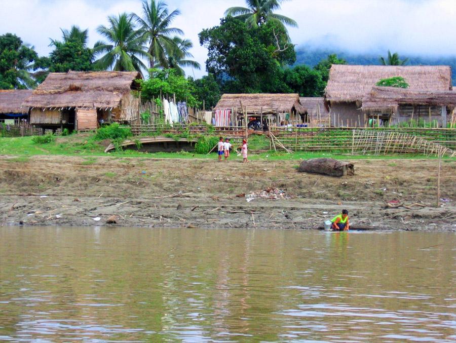 Bhamo-ayeyarwady1.jpg