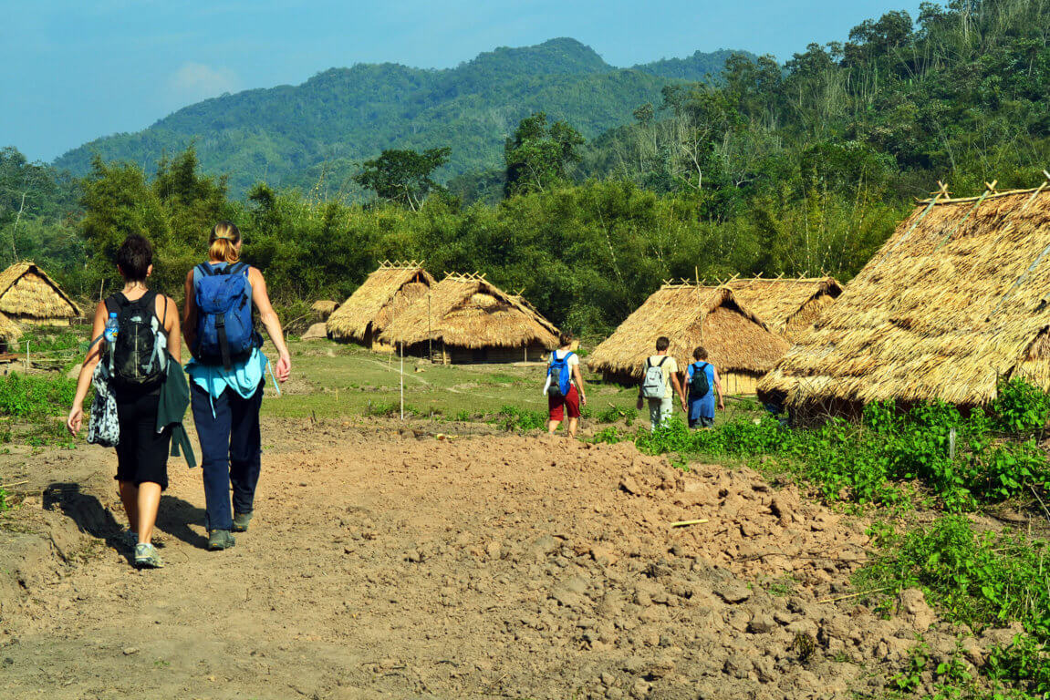 Akha-village.jpg