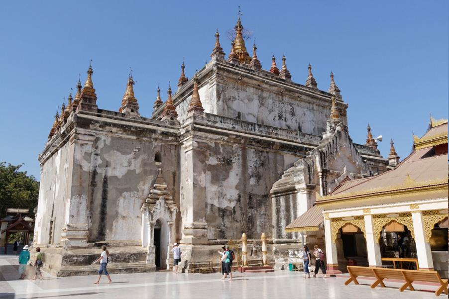 Manuha-Temple.jpg