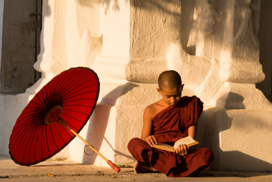 Monk-in-Mandalay.JPG
