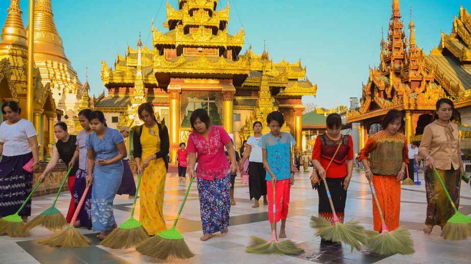 shwedagon-pagoda1.JPG
