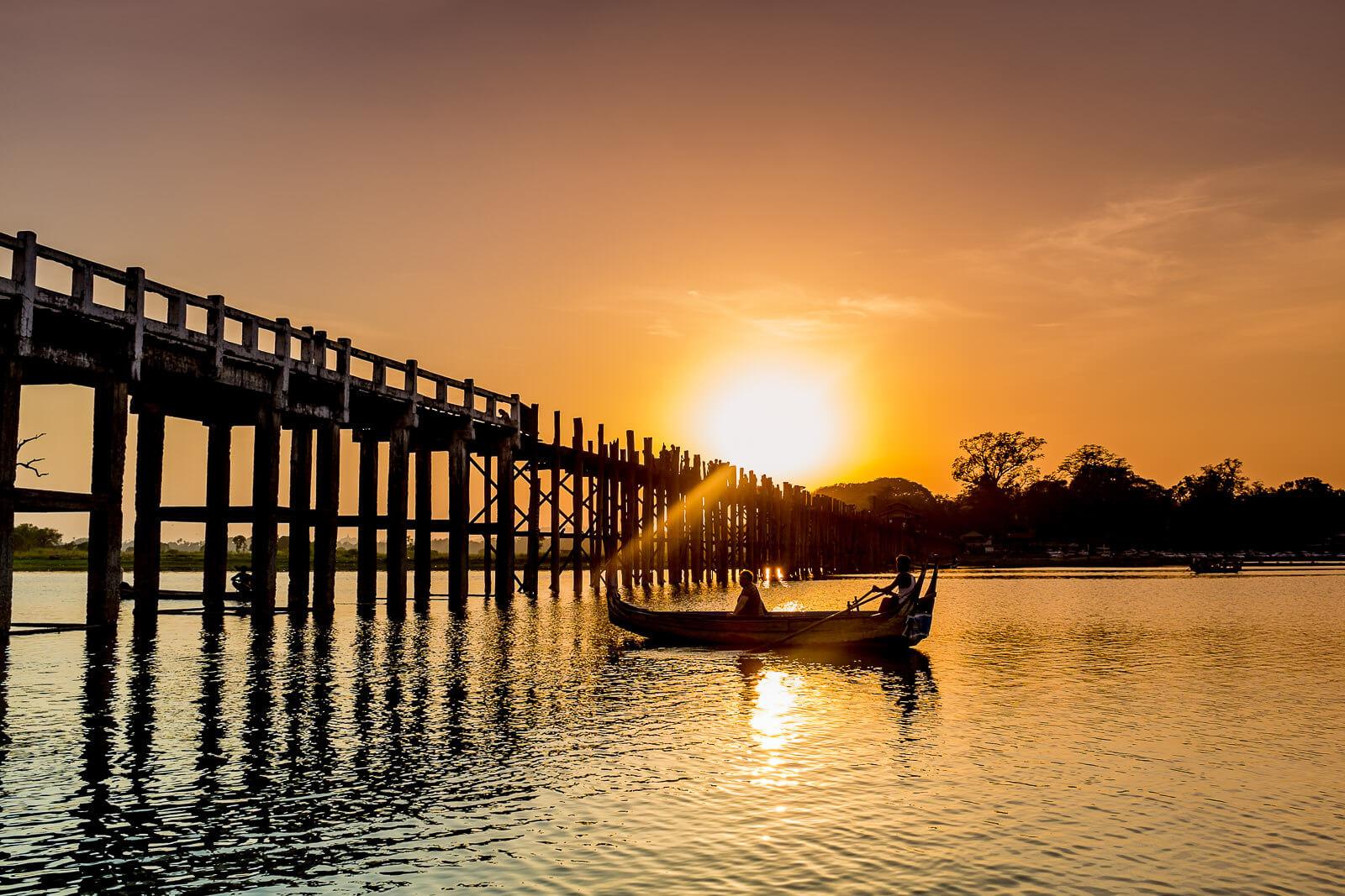 Mandalay-U-Bein-Bridge.jpg